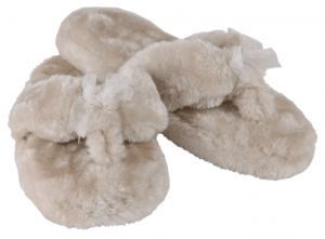 Gifts for Mums - Image showing a pair of Faux Fur Flip Flop Slippers
